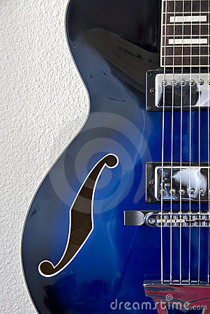 Free Left Detail Of Jazz Guitar Stock Photography - 2339262