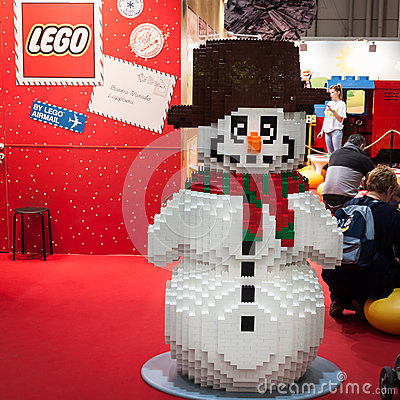 Free Lego Snowman At G! Come Giocare In Milan, Italy Stock Images - 35546294