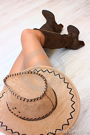 Legs, boots and hat