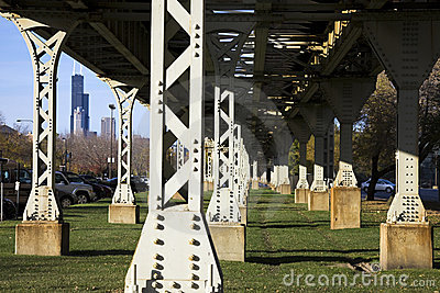 Legs of the L train bridge