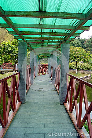 Leisure pavilion and corridor