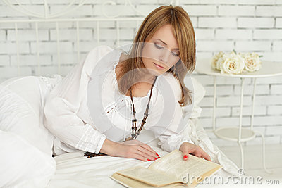 Leisure - woman reading a book