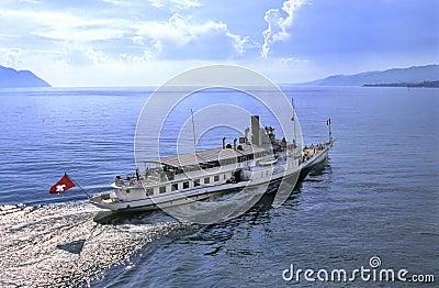 Leman boat