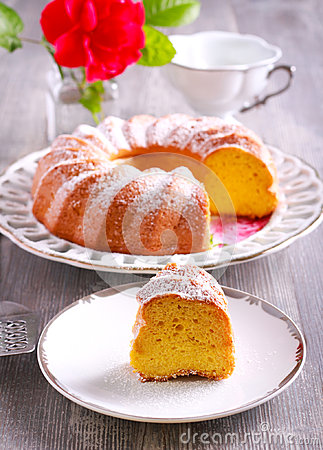 Free Lemon Chiffon Cake With Icing Sugar On Top Royalty Free Stock Images - 95292399