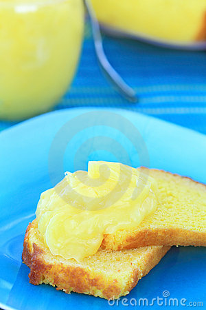 Lemon Curd on Lemon Pound Cake