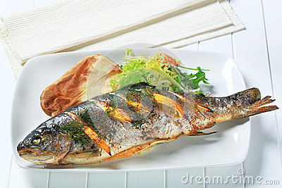 Lemon Dill Trout With Baked Potato Stock Image - Image: 26228681