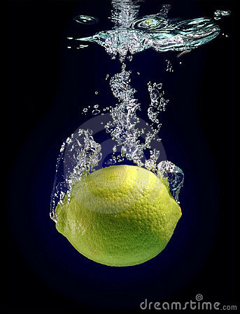 Free Lemon Fall Royalty Free Stock Image - 477646