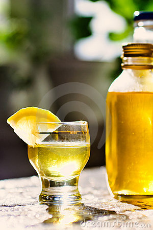 Free Lemon Liqueur Stock Photos - 19229933
