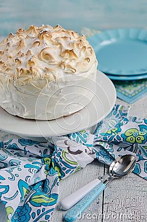 Free Lemon Meringue Cake Stock Images - 42270754