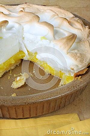 Free Lemon Meringue Pie Stock Photo - 6727320