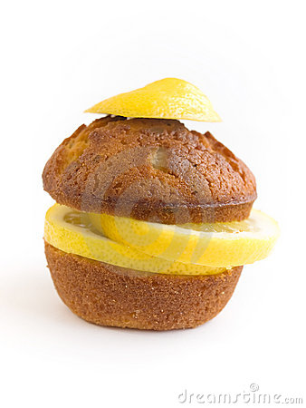 Lemon muffin isolated