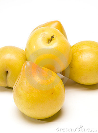 Lemon plum fruit from Chile