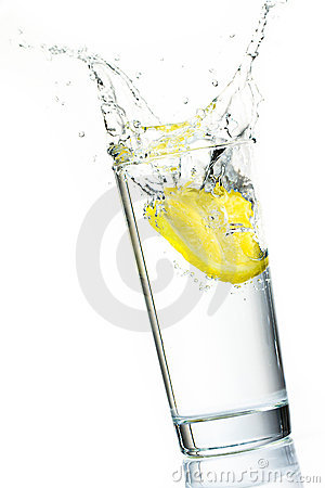 Lemon slice splash