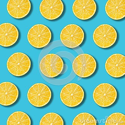 Free Lemon Slices Pattern On Vibrant Turquoise Color Background Royalty Free Stock Photography - 111386607