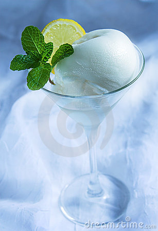 Free Lemon Sorbet Stock Photography - 1798312