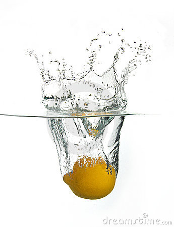 Free Lemon Splash Royalty Free Stock Photography - 9439697