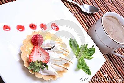 Lemon tart with coffee