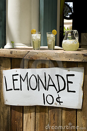 Free Lemonade Stand Stock Photo - 10403720