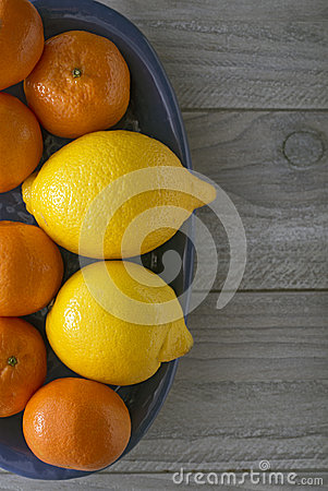 Lemons and mandarin oranges