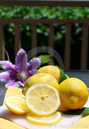 Lemons in the sunshine