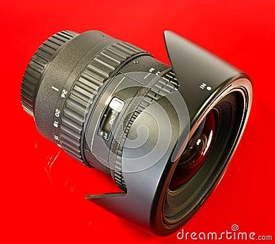 Lente de câmera angular larga