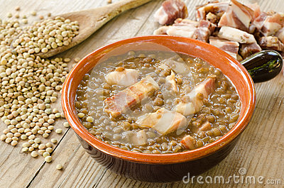 Lentil soup and bacon