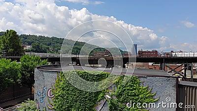 Lento revele el tiro de establecimiento aéreo de Lawrenceville Pennsylvania almacen de metraje de vídeo