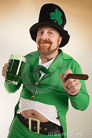 Leprechaun drinking green beer