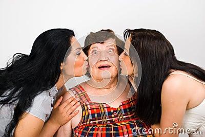 Let s kiss  grandma!