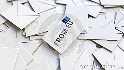 Lettre avec de l'Union européenne texte sur pile d'autres lettres Animation 3D conceptuelle liée au courrier international banque de vidéos