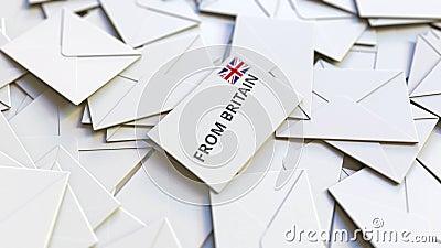Lettre de la Grande-Bretagne texte sur pile d'autres lettres Animation 3D conceptuelle liée au courrier international clips vidéos
