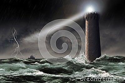 Leuchtturm unter dem Sturm