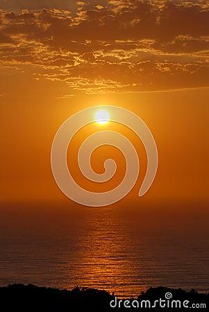 Lever de soleil au-dessus de l océan