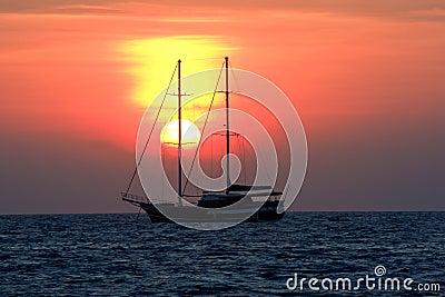 Lever de soleil dans l océan