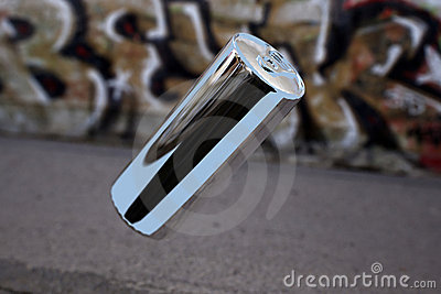Levitating aluminium can