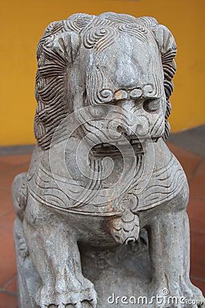 Lew statua