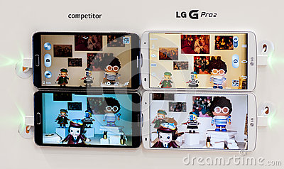 LG PRO 2, PICTURES COMPARISON, MOBILE WORLD CONGRESS 2014 Editorial Stock Photo