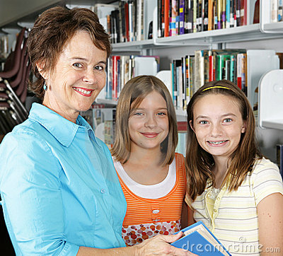 Free Librarian & Students Royalty Free Stock Photo - 2894105