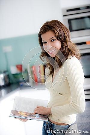Libro di cucina della lettura