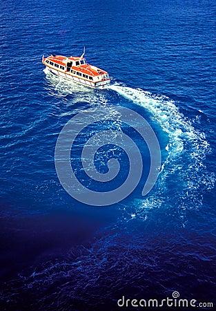 Free Life Boat Royalty Free Stock Photography - 553887