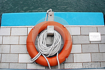 Life buoy and rope