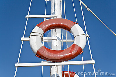 Life buoy and sailing mast