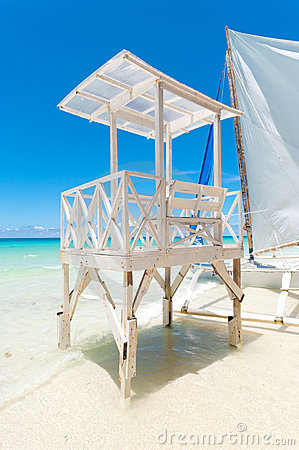 Free Life Guard Tower Royalty Free Stock Photo - 23032095