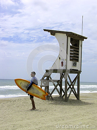 Free Life Guard Tower Royalty Free Stock Image - 37181676