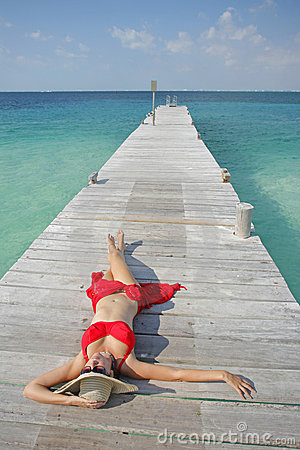 Free Life Is A Beach (Jetty) Royalty Free Stock Photos - 4933768