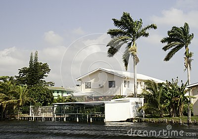 Life of luxury on the Belize River
