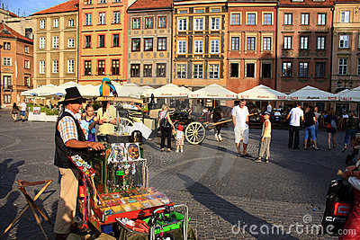 life in the old town of Warsaw