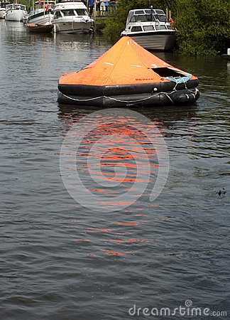 Free Life Raft Stock Photography - 26748312