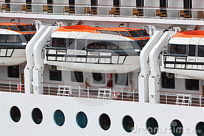 Lifeboats installed on passenger liner board