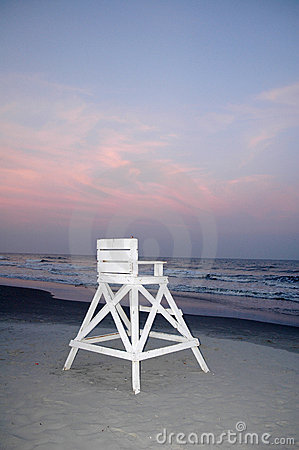 Free Lifeguard Chair At Beach Royalty Free Stock Photos - 528588